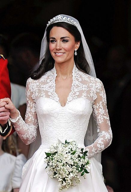 Pin by Jade Waines on Wedding dress | Pinterest | Kate middleton ...