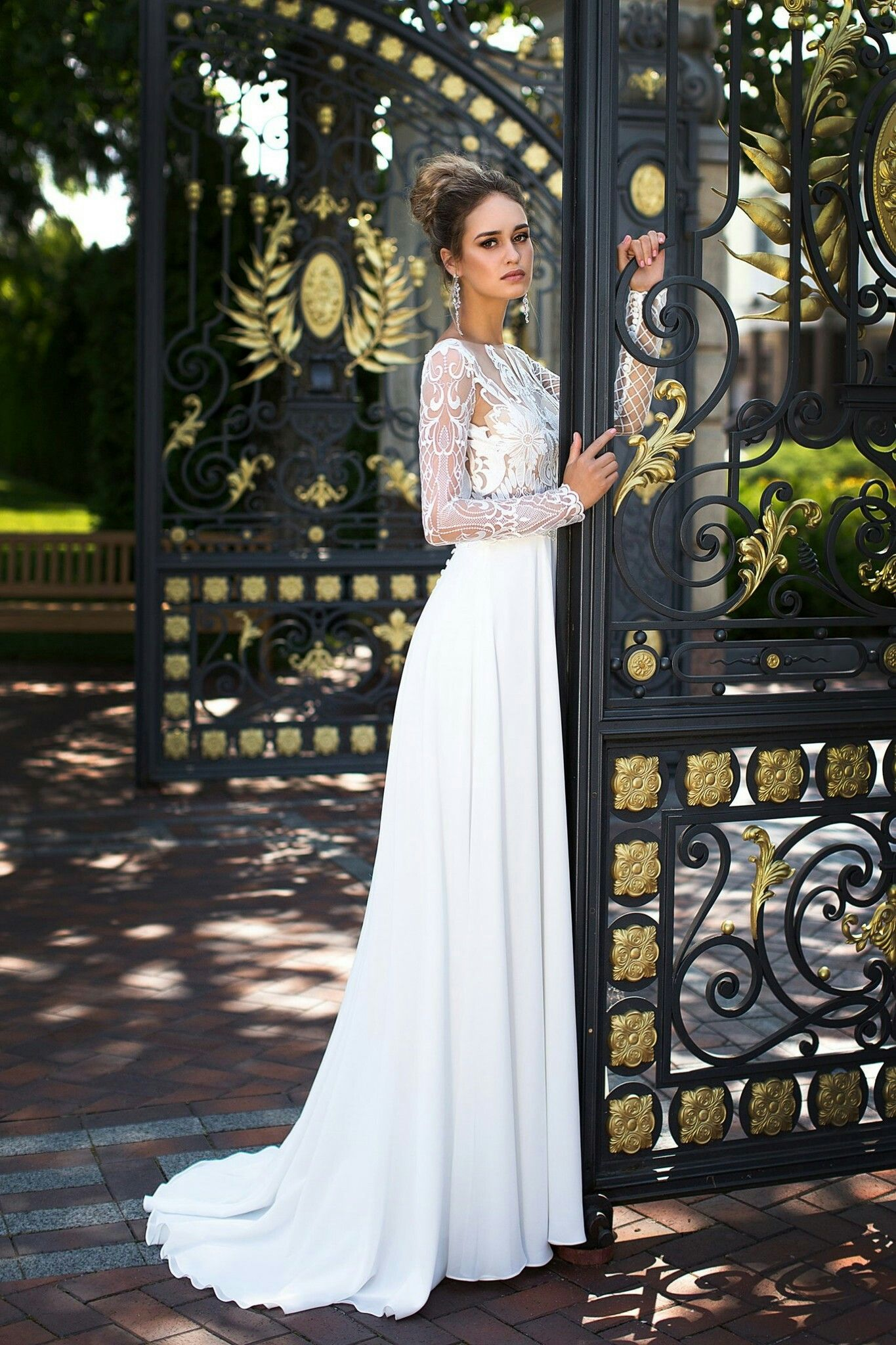 Pin by Patricia Wade Shaver on Simply Exquisite Wedding Gowns ...