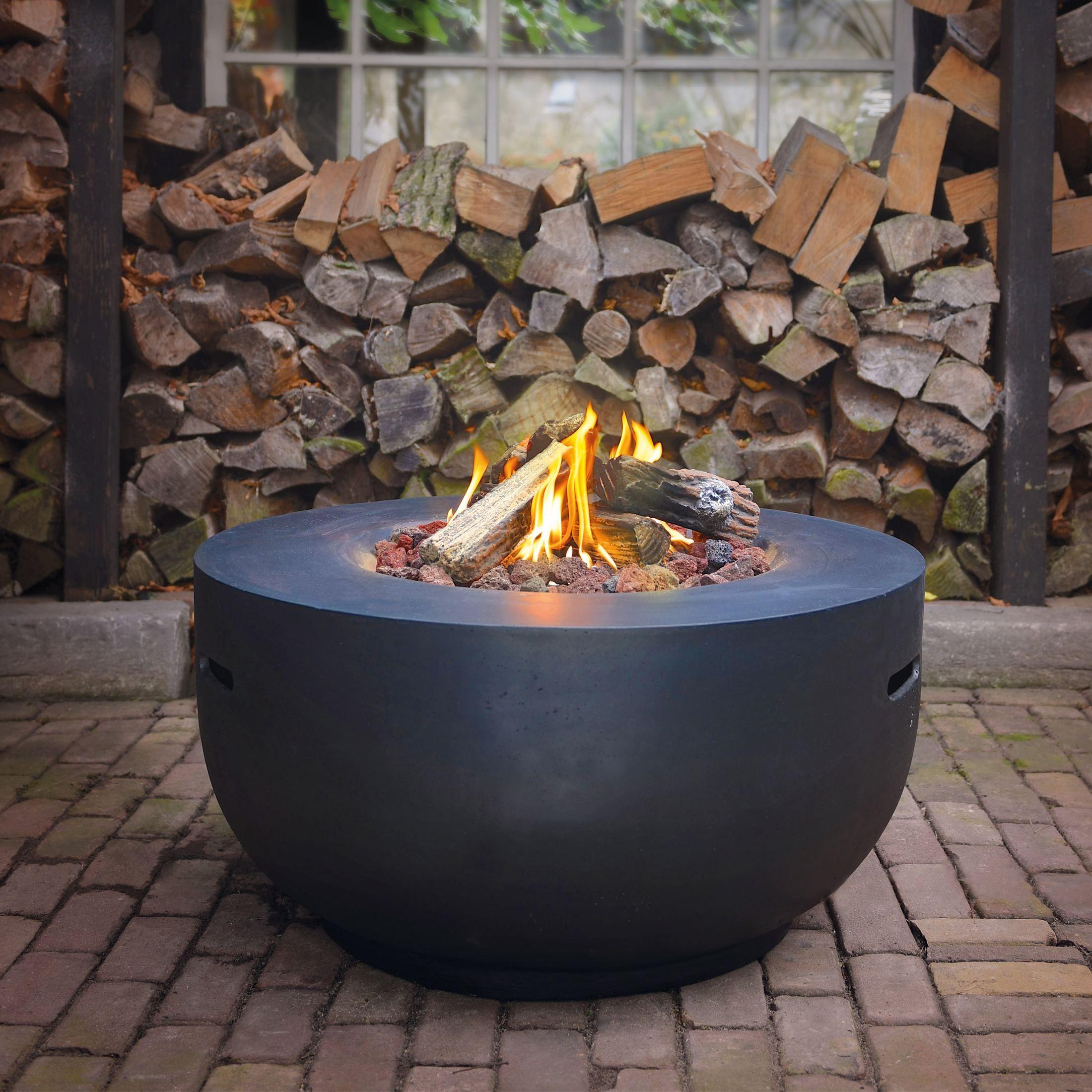 Gemutliches Feuer Auf Knopfdruck Gas Feuerstelle Mit Lavasteinen Holzscheiten Feuertisch Gas Feuerstelle Feuerstelle Kochen