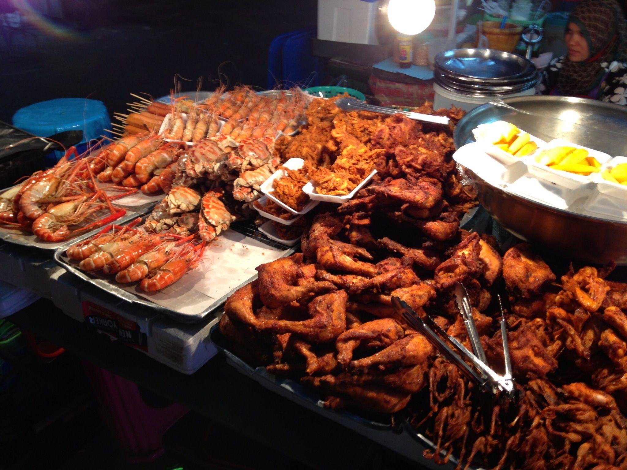 Finger Lickin Good Southern Fried Chicken King Prawn Hat Yai Market
