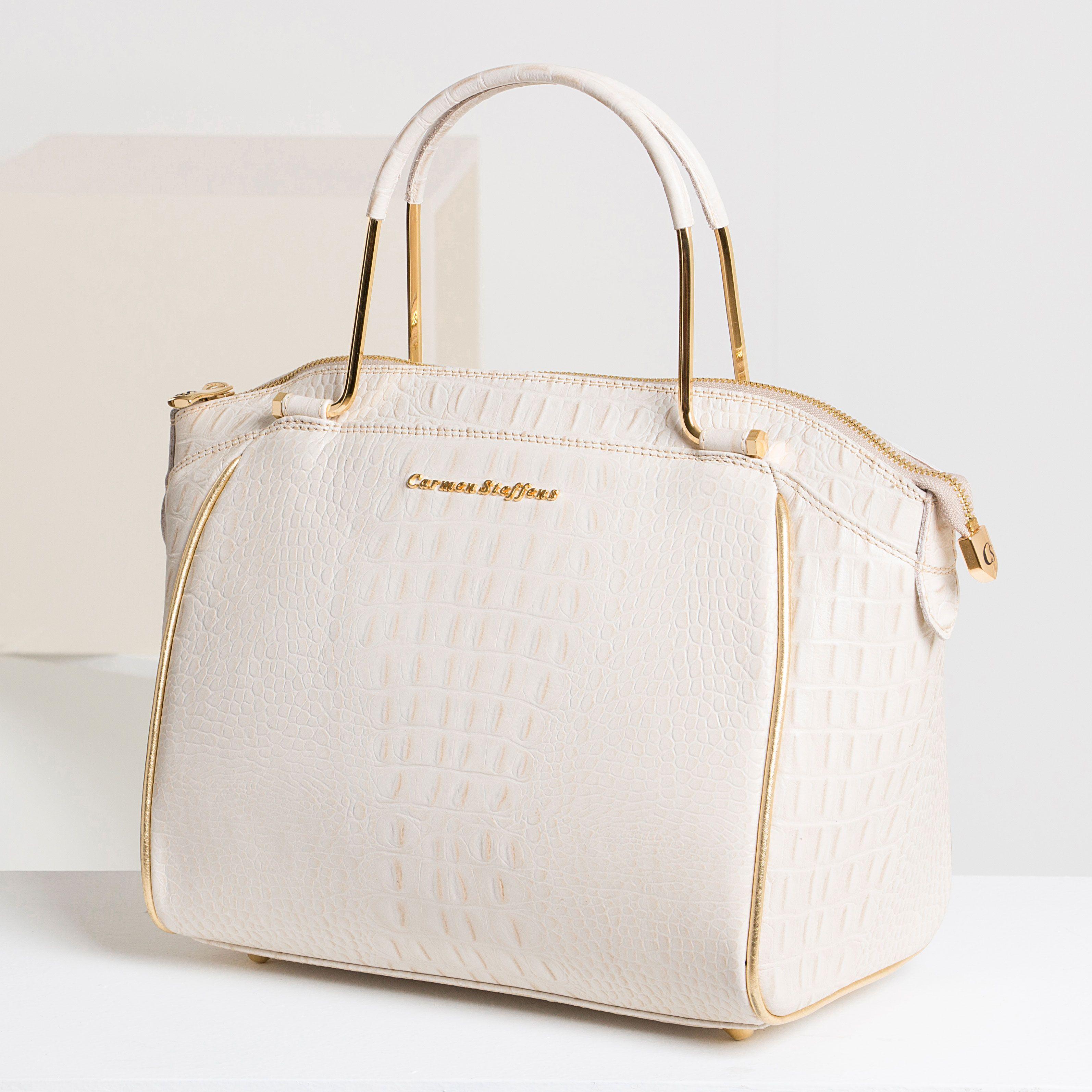 6b4a040a0 Amor à primeira vista: a bolsa off white além de supersofisticada é  perfeita para o dia ou noite.