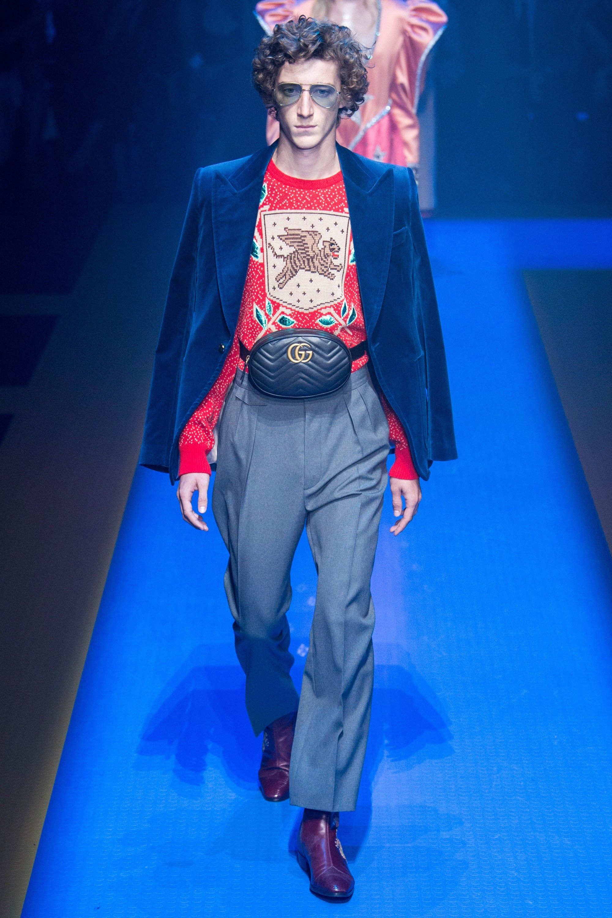 cb7a2ae2385 The Fanny Pack Gucci Spring 2018 Menswear Collection Photos - Vogue