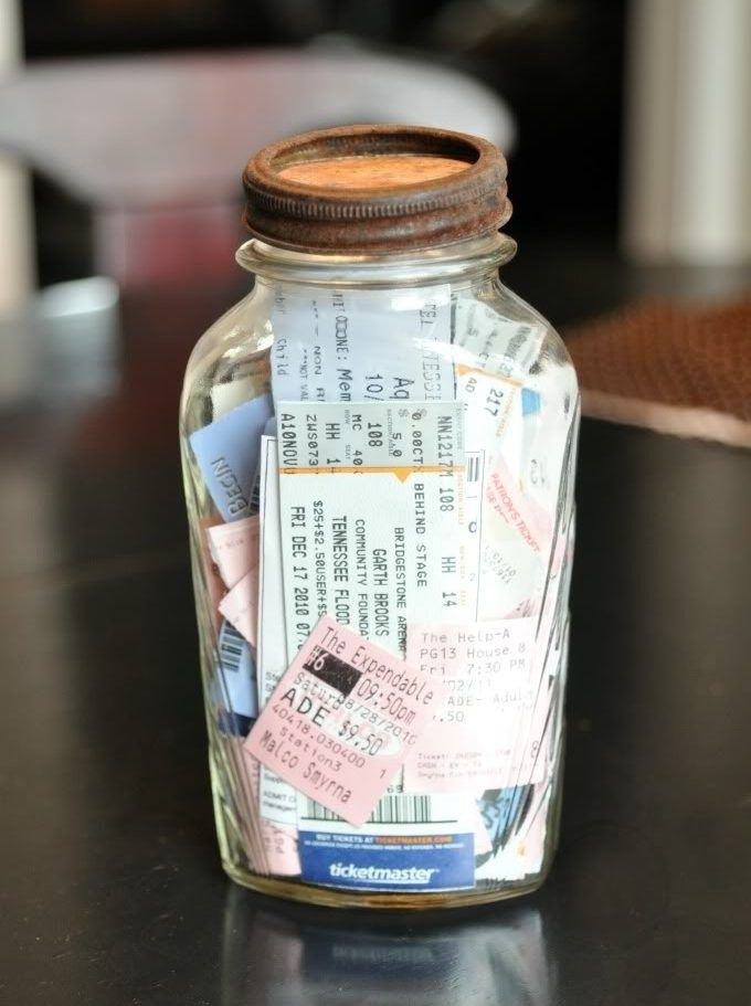 15 Non-Traditional Ways to Document Your Travels DIY ideas - make concert tickets