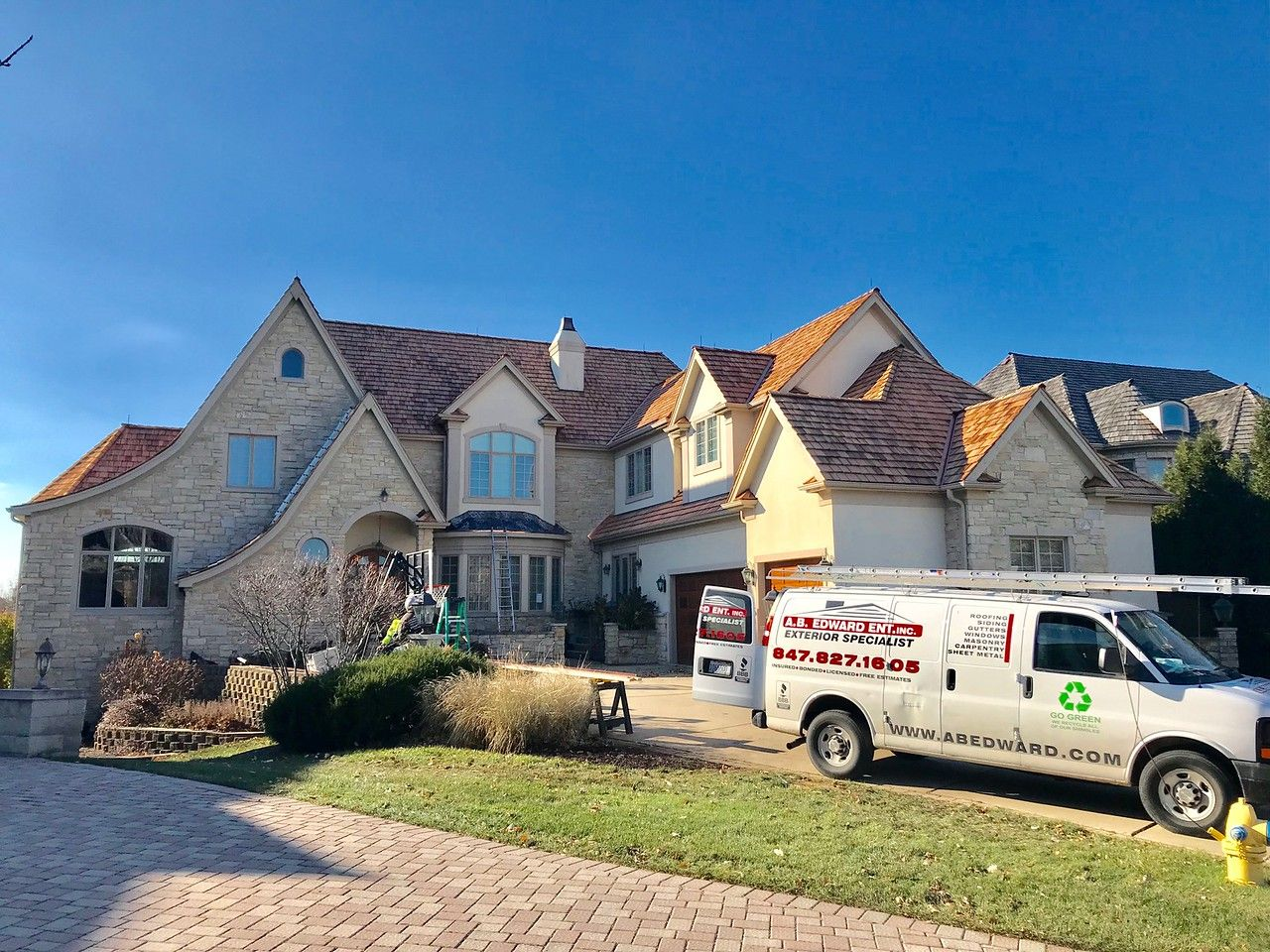 Best Cedar Roofing Is A Natural Energy Efficient And 640 x 480