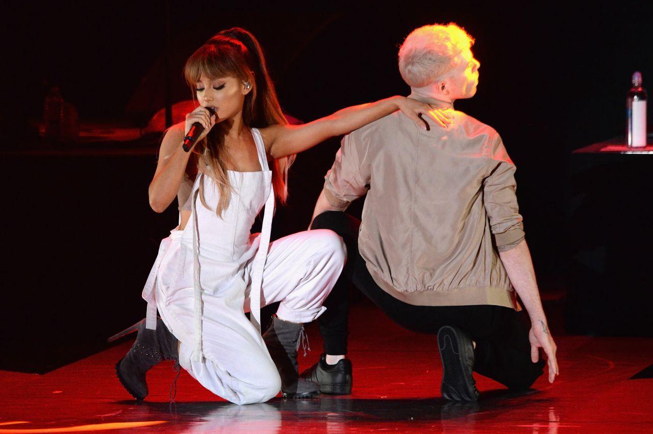 Ariana Grande Macy S Presents Fashion S Front Row Spring Summer 2017 Ariana Grande