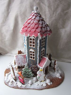 Muumipiparitalo. Moomin gingerbreadhouse.
