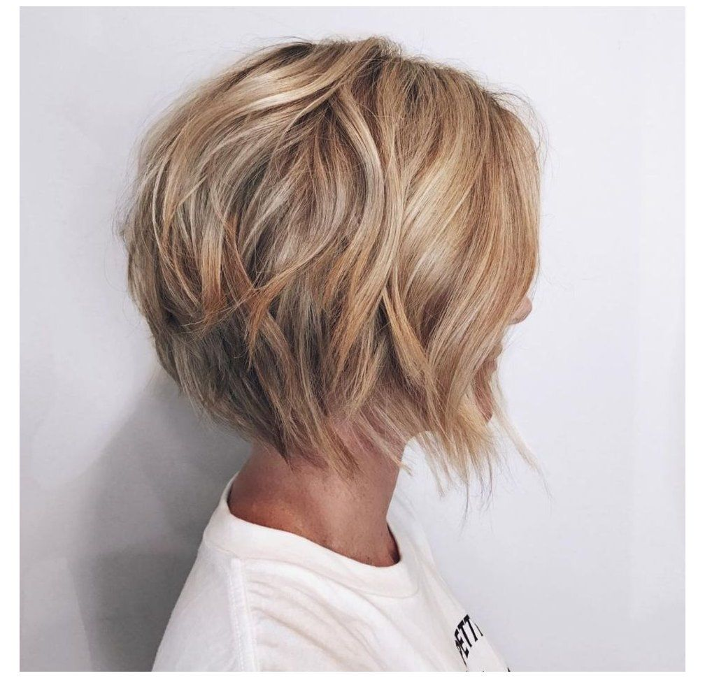50 Gorgeous Wavy Bob Hairstyles with an Extra Touch of Femininity #bobhairstyles