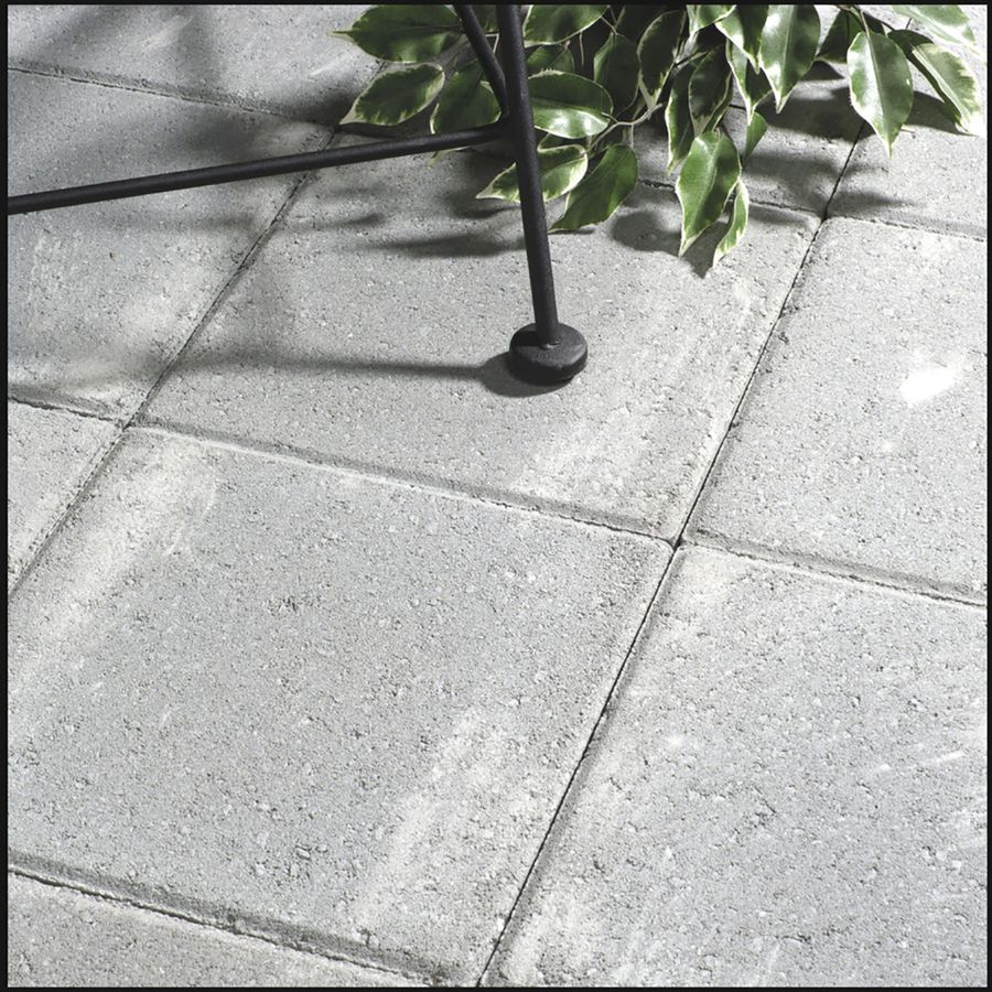Square Gray Concrete Patio Stone Common 12 In X 12 In Actual 11 7 In X 11 7 In Lowes Com Patio Stones Concrete Paver Patio Patio Pavers Design