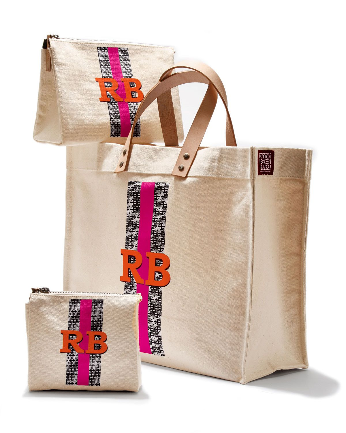 http://harrislove.com/iomoi-personalized-canvas-bags-p-3588.html ...