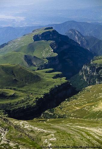 Cañón de Añisclo, Huesca. ¿Sabias que en nuestra web www.micampamentodeverano.com tenemos dos campamentos en los Pirineos?