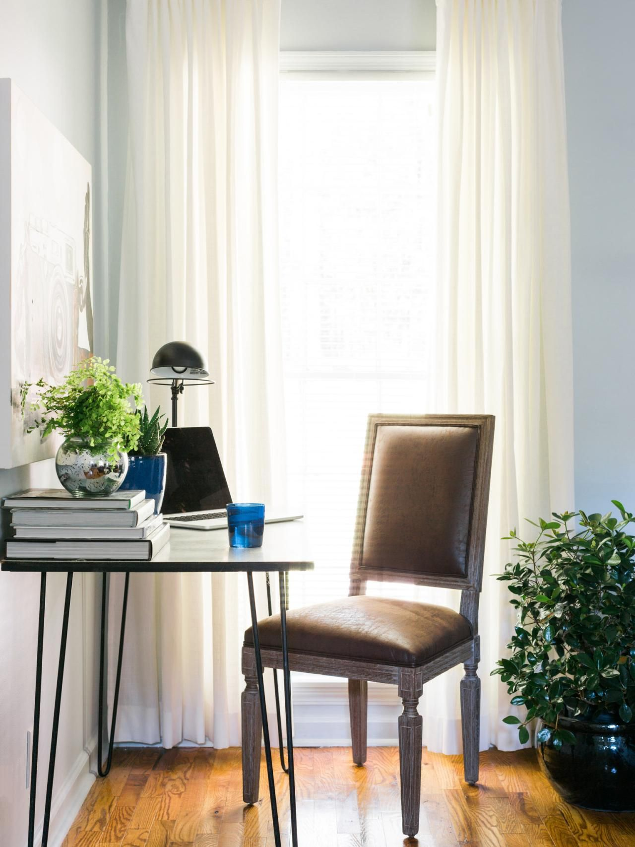 Hgtv Small Spaces Living Rooms: HGTV (With Images)