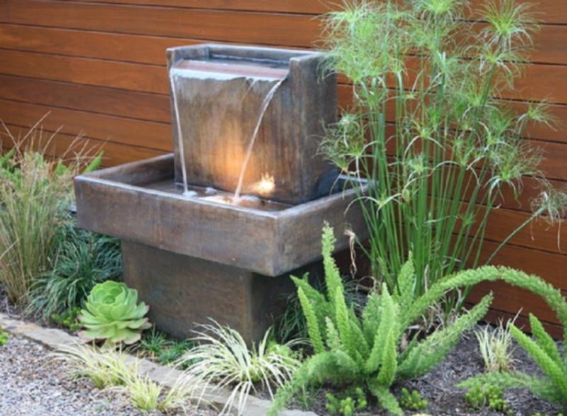 20 Small Garden Water Feature Ideas To Add A Little More Zen To Your Life Freshome Com Water Features In The Garden Fountains Backyard Water Fountains Outdoor