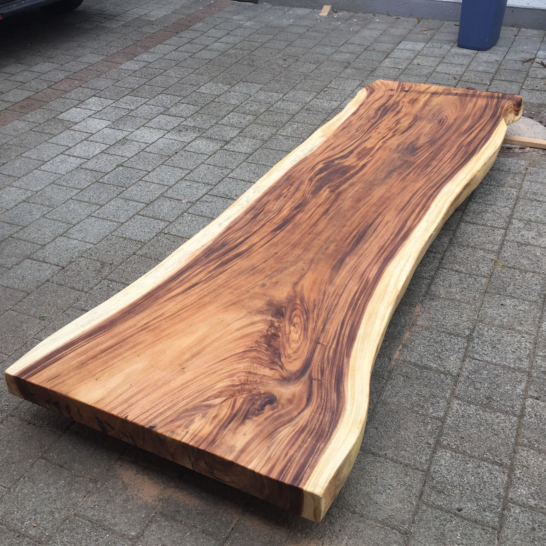 Massivholz Baumplatte Aus Einem Stuck In Akazie Massiv Geolt 300cm