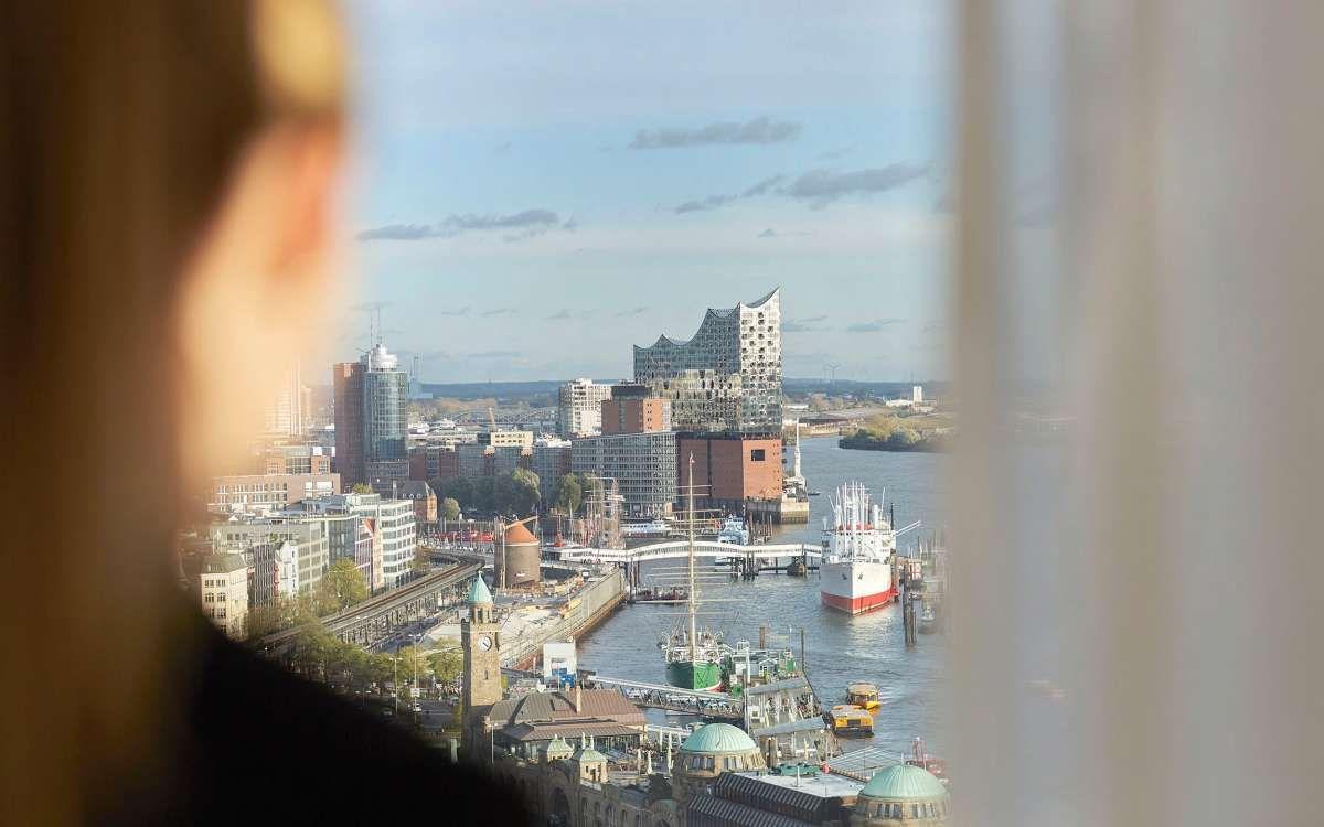 Aussicht Elbphilharmonie Upside Empire Riverside Hotel Design Hotel Reisen Aussicht
