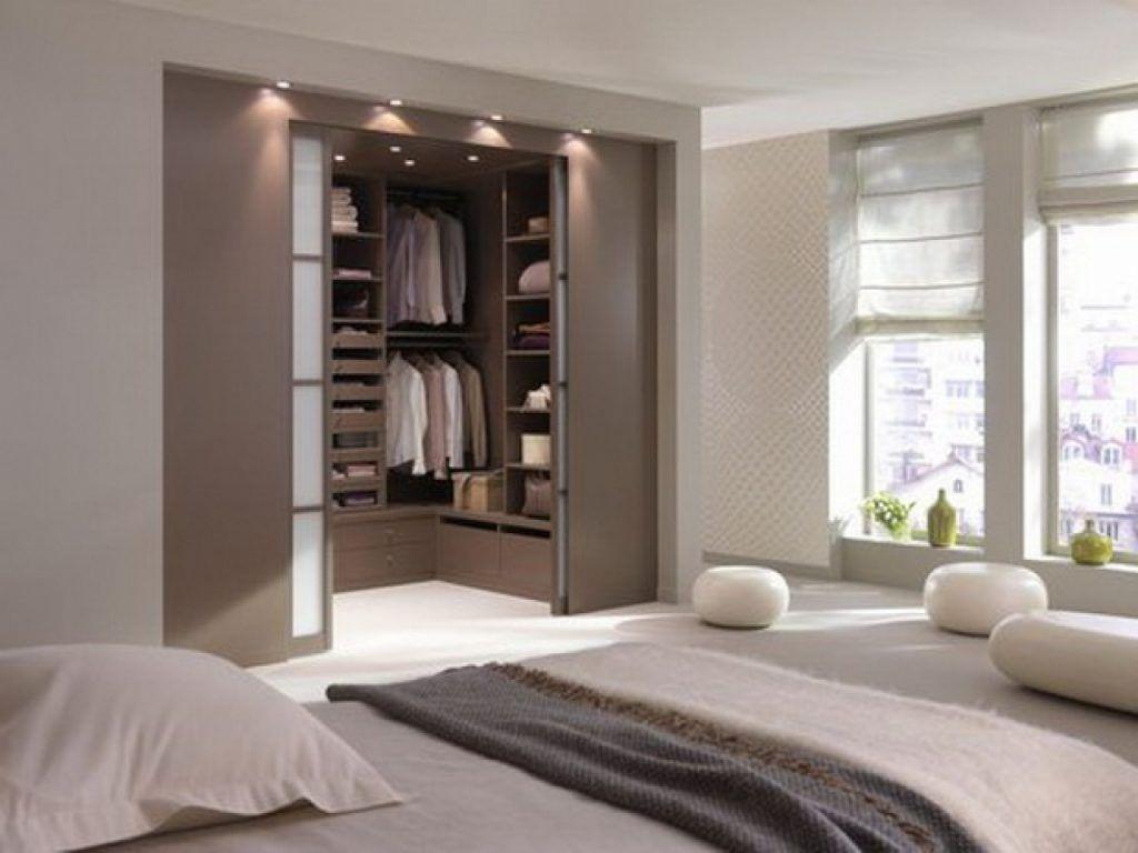 Dormitorio con diseño de vestidor #dormitorio #vestidor