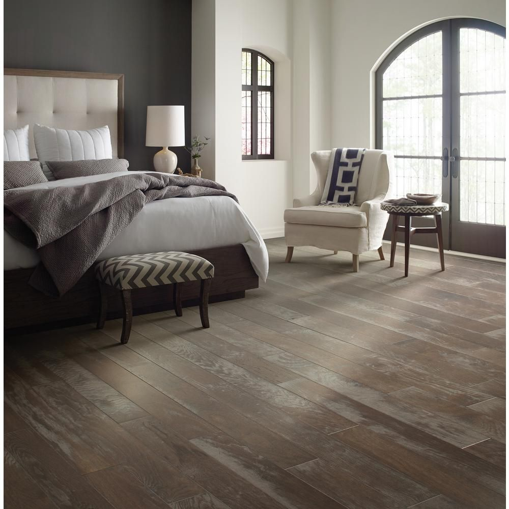 home depot /Shaw Majestic Hickory Dry Creek 3/8 in. T x 5