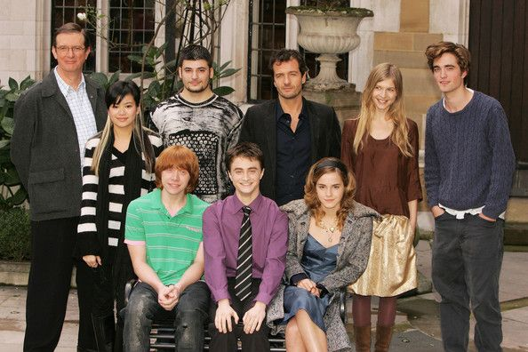 Emma Watson Photos Photos Photocall For Harry Potter And The Goblet Of Fire Emma Watson Harry Potter Harry Potter Goblet Robert Pattinson