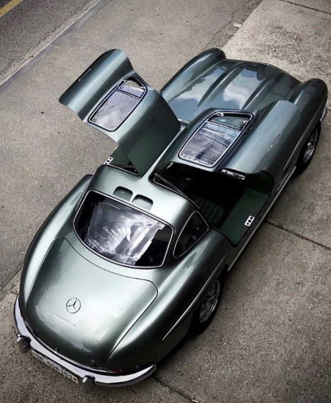 mercedes 300sl gullwing.. the model came about in the wake