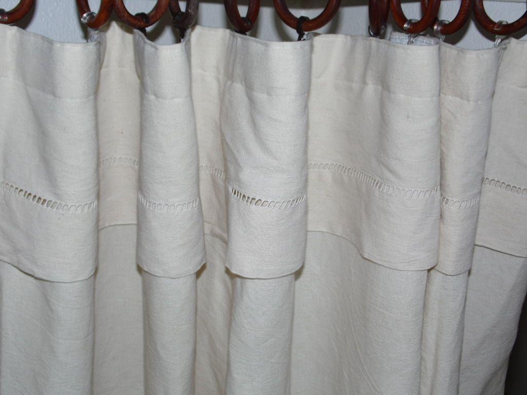 rideau de dressing taill dans un drap ancien en lin fait. Black Bedroom Furniture Sets. Home Design Ideas