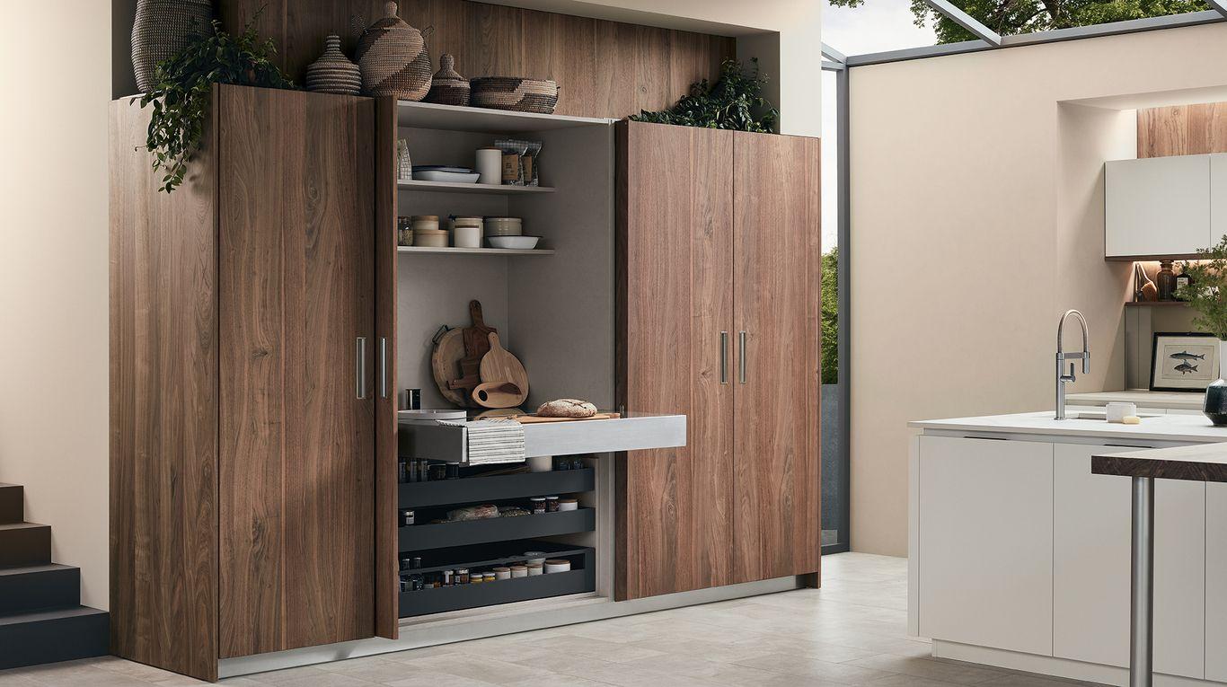Mobile Dispensa Veneta Cucine.Colonne Con Attrezzatura Interna Veneta Cucine Nel 2019