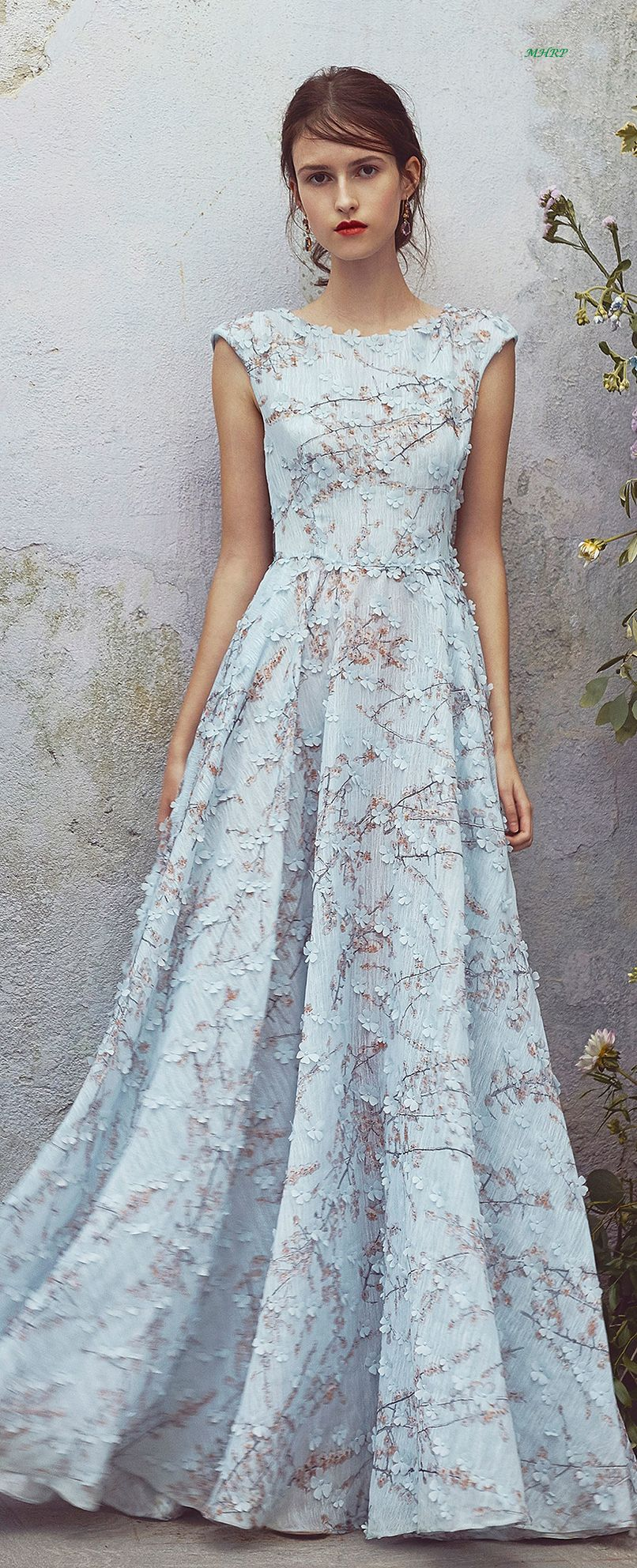 9 BALL GOWN WEDDING DRESSES YOU ARE SURE TO LOVE | Resorts, Gowns ...