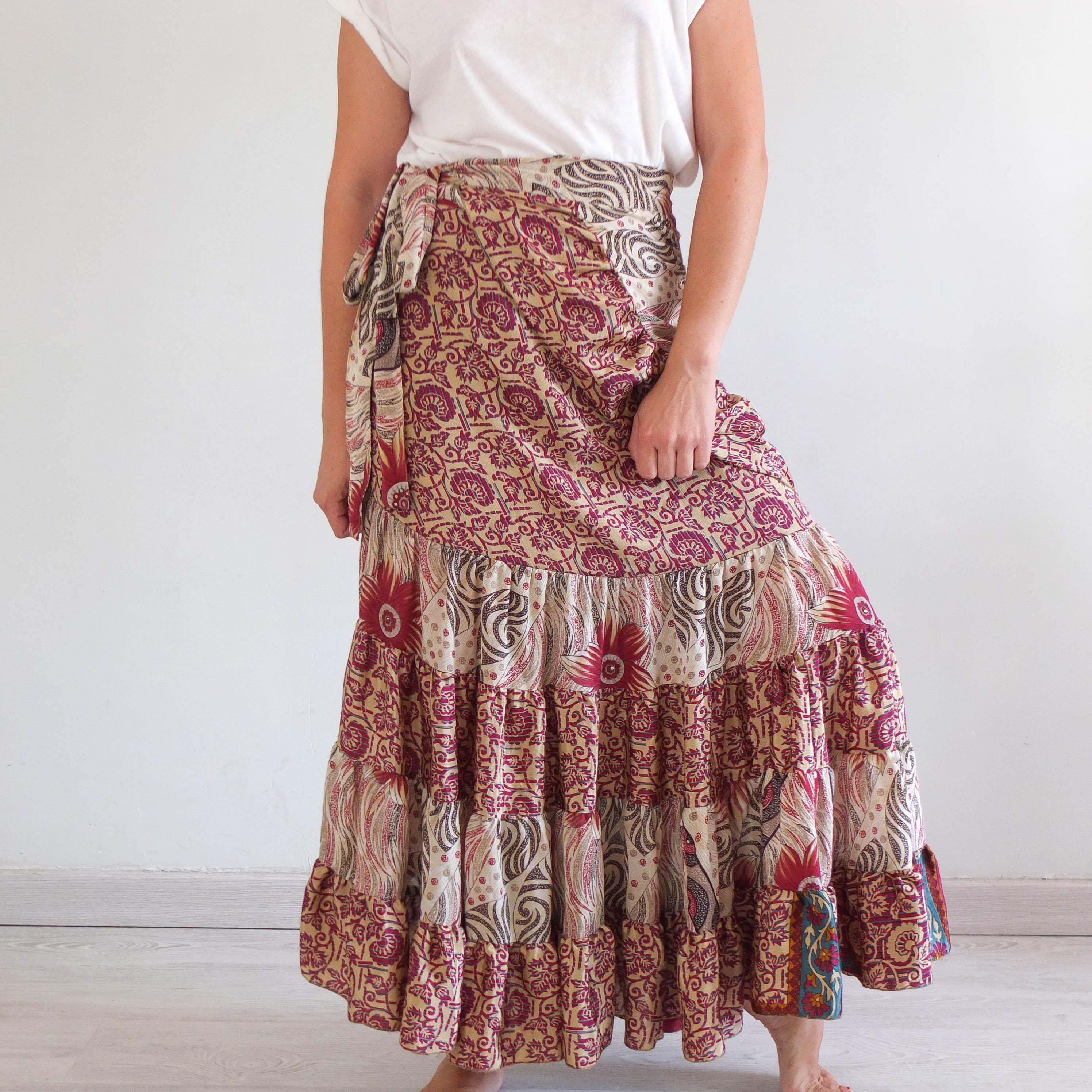 Vintage Red Daisy Print Skirt Small Summer Boho Skirt Spring Floral Midi Skirt