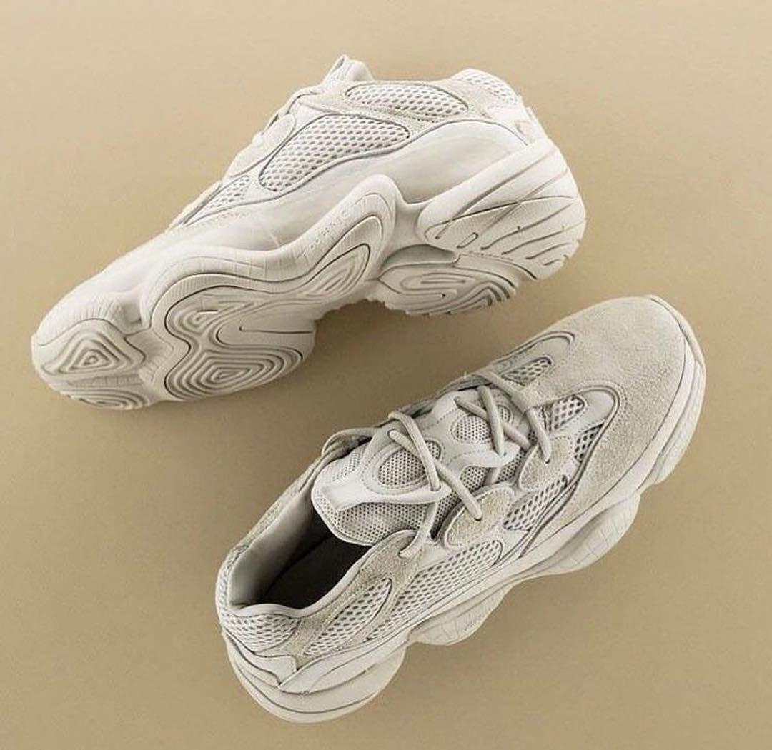 69c07c8b Кроссовки| Adidas Yeezy 500; Цена: 20.000KZT; Размеры: 36-37-38-39 ...