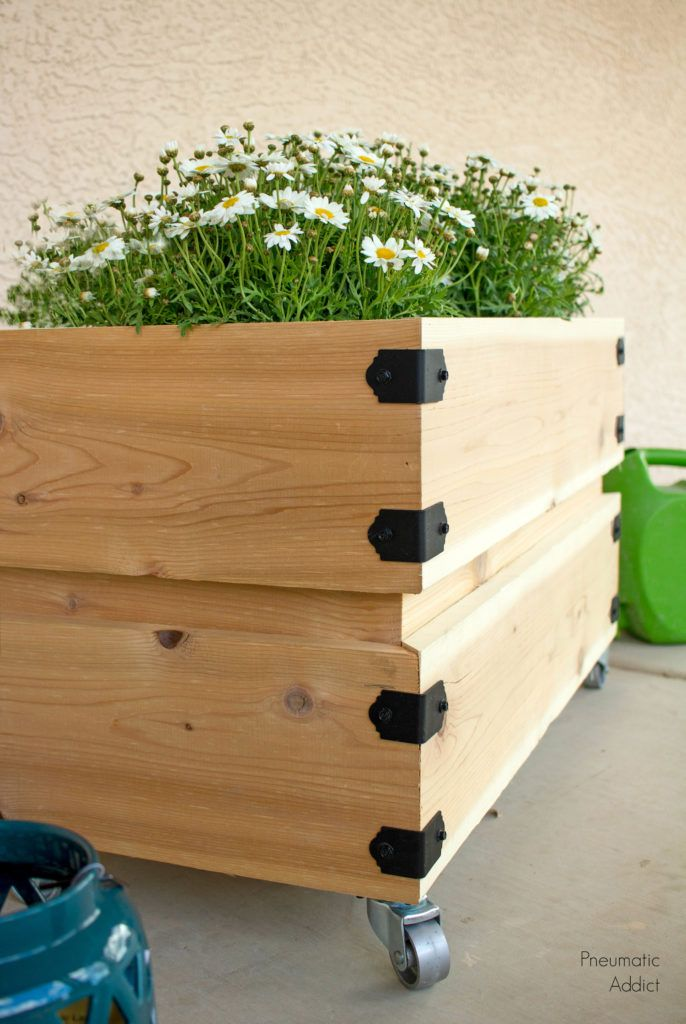 Diy How To Build A Simple Rolling Planter Planters 640 x 480