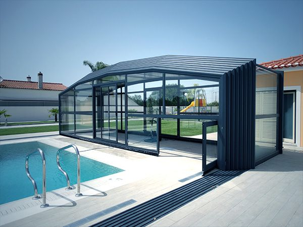 Abri Haut De Piscine Telescopique Pose Au Portugal Indoor Outdoor Pool Pool Houses Swimming Pools Backyard