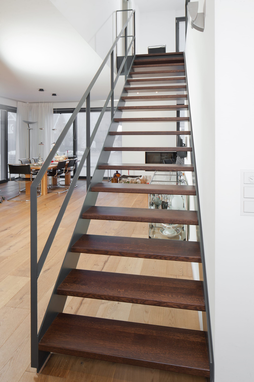 Stahlwangentreppen Modern Und Elegant Treppenbau Voss Treppe