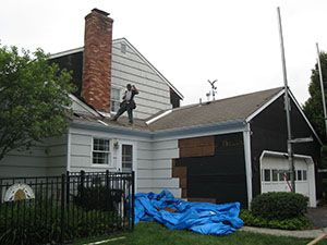 Removing Aluminum Siding From Old Nj House New Jersey Home Owners Home Remodeling Contractors Aluminum Siding Renovations