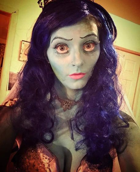 A corpse bride never looked so good!