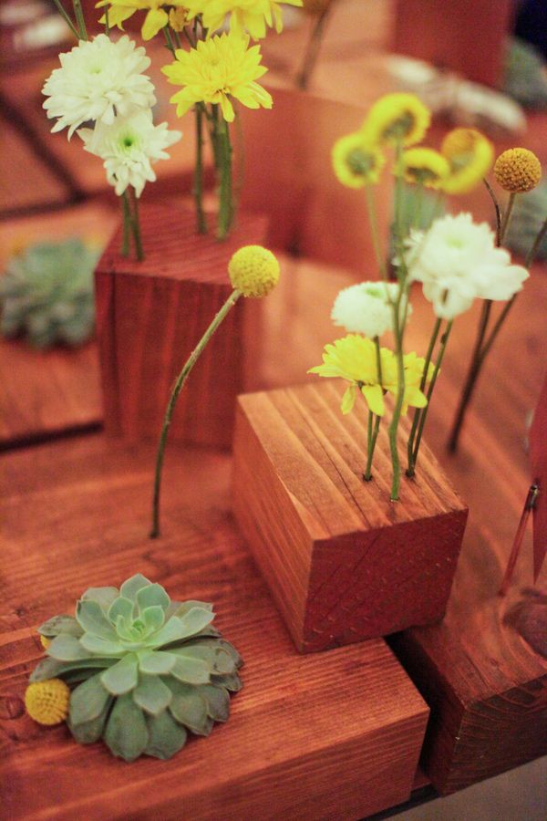 Wood block centerpieces photo by alders photography