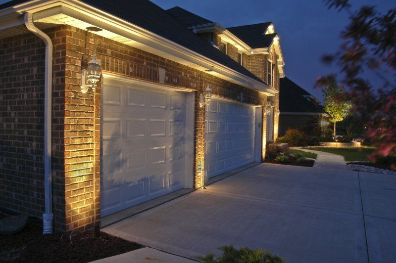 25+ Uniquely Awesome Garage Lighting Ideas to Inspire You ...