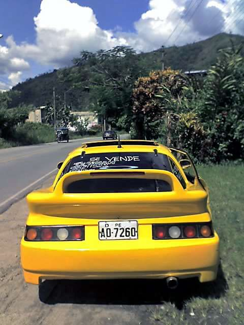 VENDO MI AUTO DEPORTIVO MAZDA RX7  - perú