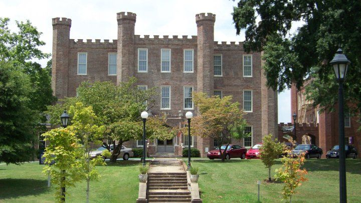 Wesleyan Hall At The University Of North Alabama University