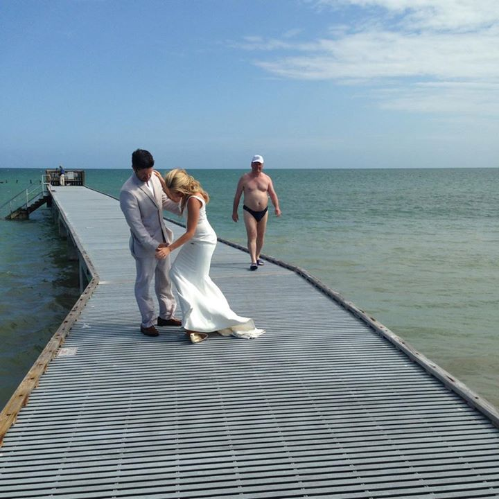 Wedding Photo Fail Is Actually A Win Thanks To This Guy