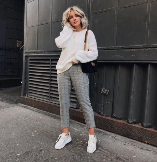 Winter 2019 karierte Hose  Frauen#outfits#für #frauen#damen#hochzeiten#mollige#…