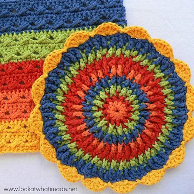 Front Post Frenzie Potholder by Dedri Uys - free pattern | Granny ...