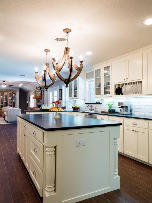 Hgtv loves this kitchen island part of chip and joanna for Kitchen ideas joanna gaines