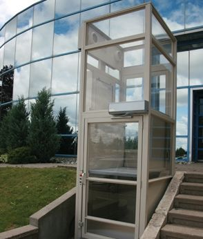 Exceptional Vertical Wheelchair Lift With Full Enclosure