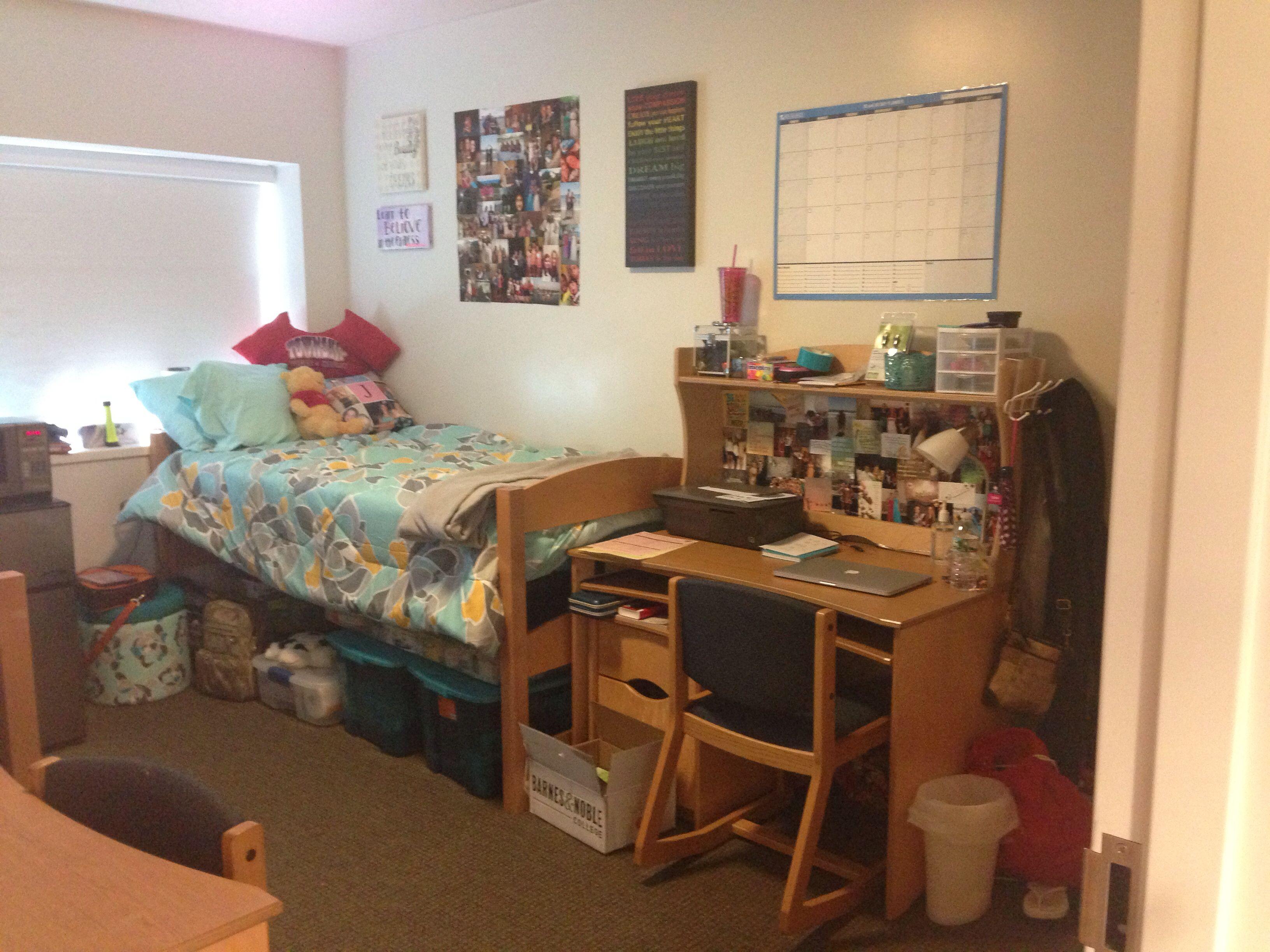 Dorm Room At Kean University  College    Dorm Dorm