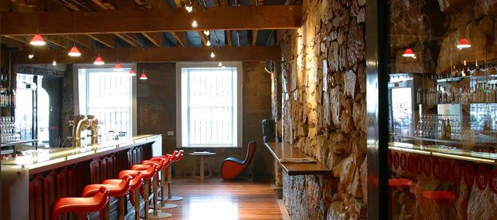 IXL Long Bar at the Henry Jones Art Hotel, Hobart