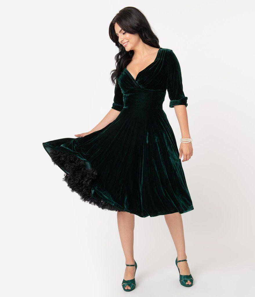 Unique Vintage 1950s Emerald Green Velvet Delores Swing Dress With Sleeves In 2020 Swing Dress With Sleeves Swing Dress Green Velvet Dress