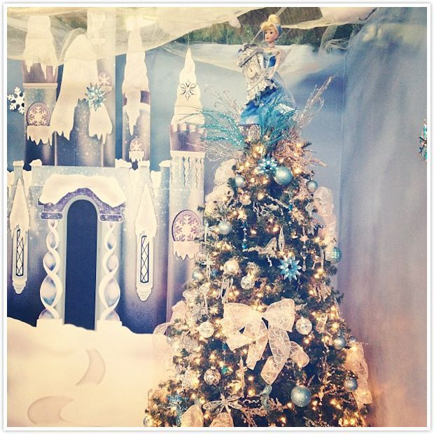 Christmas Tree Auction: Cinderella Themed Tree:: Unique Christmas Trees From The