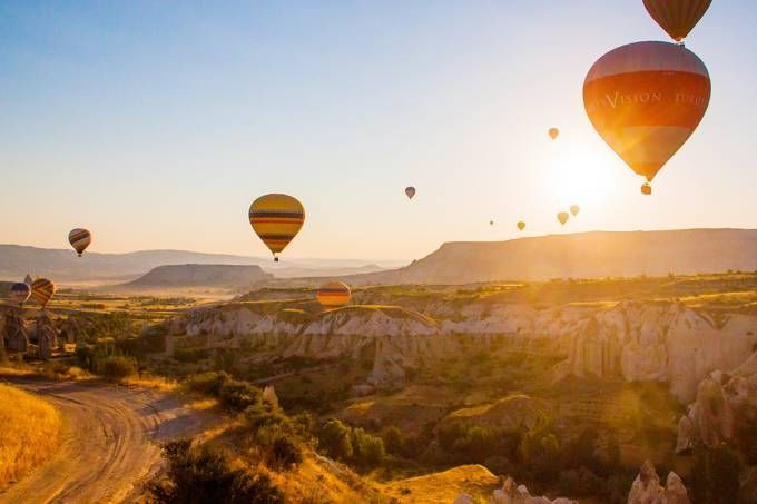 Os melhores lugares do mundo para fazer um passeio de balão! #Turquia e #Austrália são alguns dos mais incríveis!  http://bit.ly/2oZC5SI