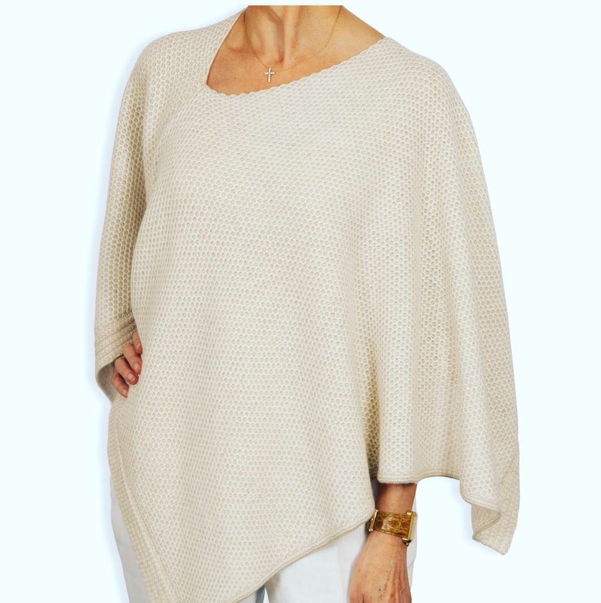 745c03ff5 Boxy Style Cashmere Poncho in Natural Honeycomb  catherinerobinsoncashmere.com