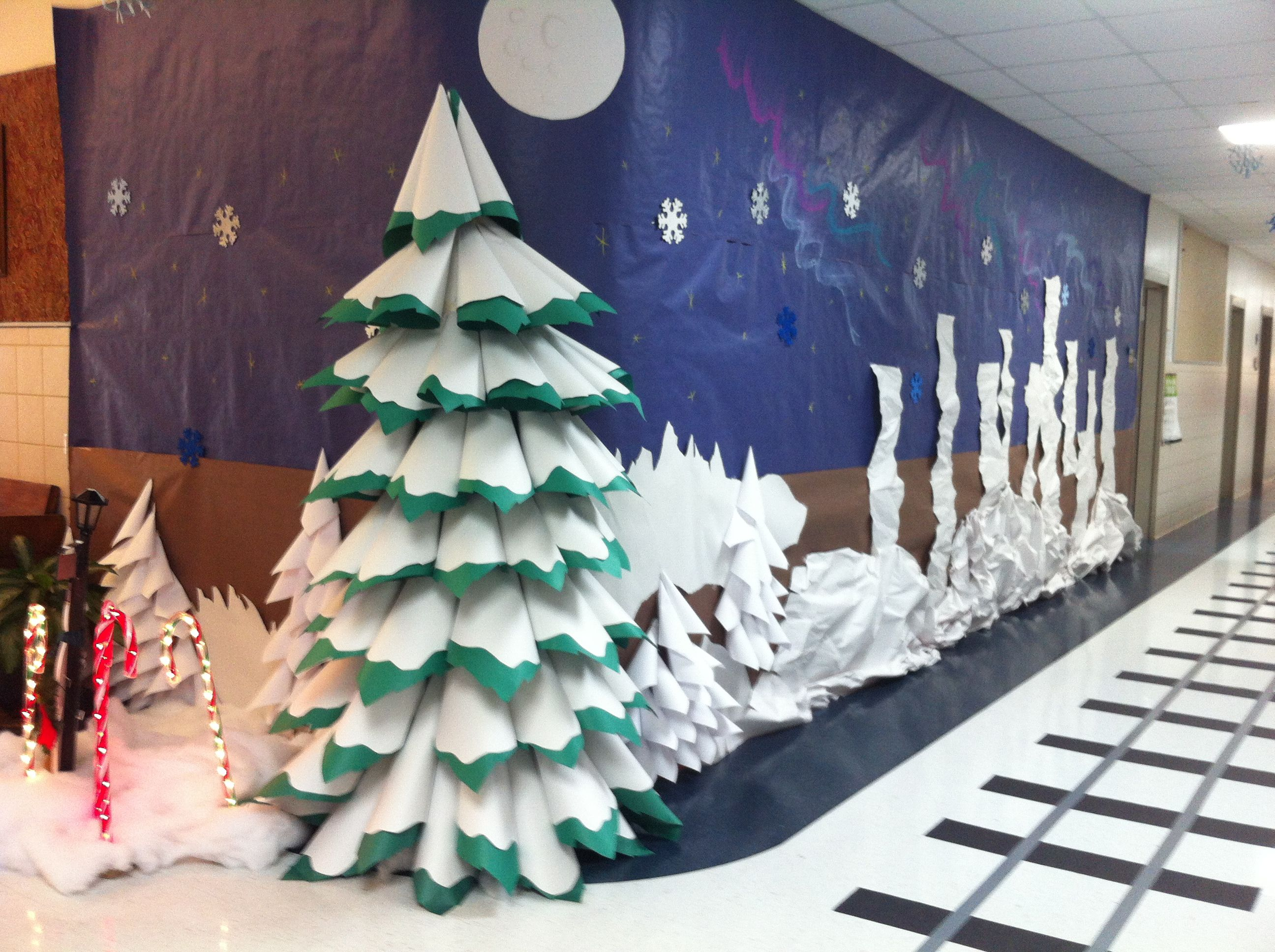 paper come tree for polar express visit to halls of my school - Christmas Hall Decorations