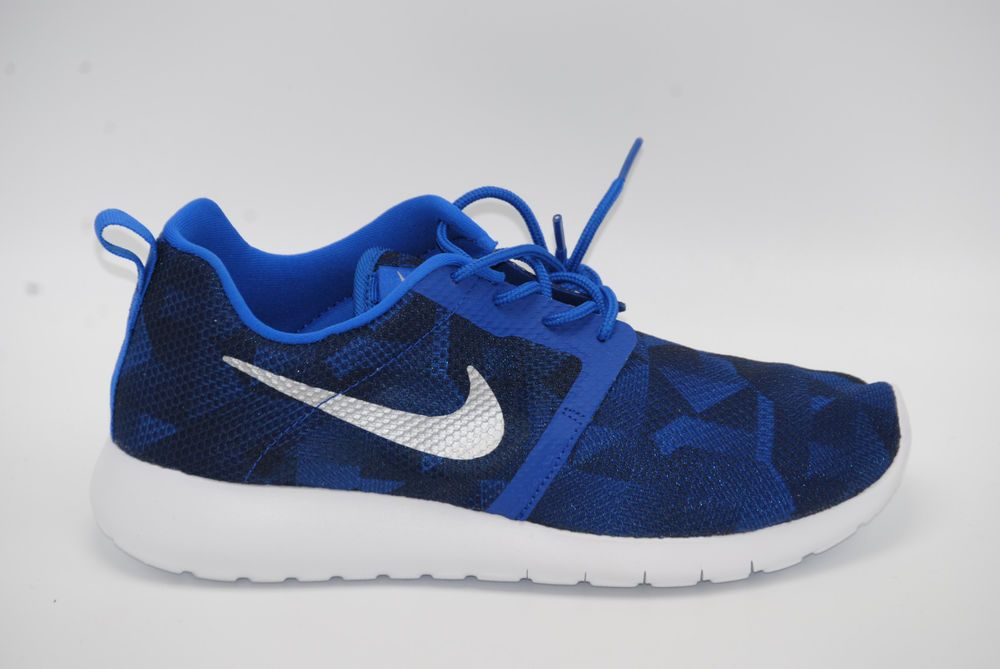 37d6aa48e82e5 Nike Roshe One Flight Weight (GS) youth sneakers 705485 403 Multiple ...