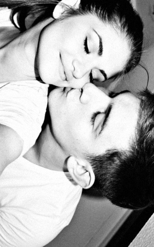 Couple #Pärchen #Liebe #romantisch #Kuss #glücklich